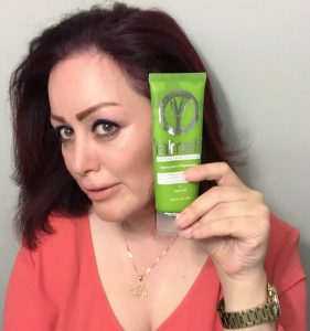 Yalmeh® Glorifying Facial Cleanser