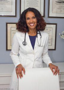 Dr. Robynne Chutkan
